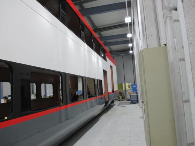 Photo of Exterior painting on the first trainset's cab car